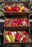 与蔬菜和水果的街市 库存照片