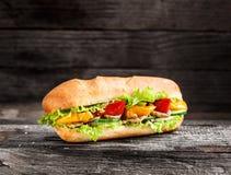 与蔬菜的三明治 库存图片