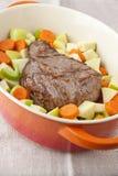 与蔬菜的烤肋条肉 免版税库存照片