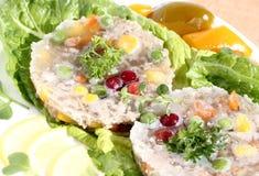 与蔬菜的猪肉在果冻 免版税库存图片