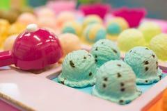 与薄荷的味道的冰淇凌大模型 库存图片