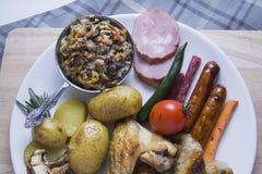 与蘑菇菜丝汤的巴法力亚开胃菜 库存照片