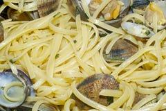 与蛤蜊的意大利面食 免版税图库摄影