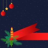 与蜡烛和红色丝带的圣诞节背景 免版税库存照片