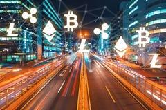 与行动被弄脏的交通的Cryptocurrency 免版税库存照片