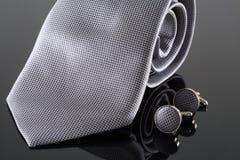 与袖扣的领带 库存图片