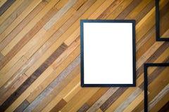 与被制作的海报的墙壁木纹理 库存图片