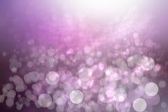 与被弄脏的bokeh圈子和光的摘要梯度紫色桃红色背景纹理 E r 免版税库存图片