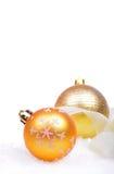与被隔绝的球的圣诞节背景 库存图片