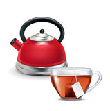 与被隔绝的茶杯的红色水壶 库存图片