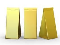 与裁减路线的金黄被折叠的纸袋 免版税库存图片