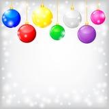 与装饰多色球的圣诞卡 库存图片