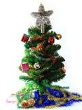 与装饰的一棵杉树的圣诞节庆祝 免版税库存照片