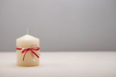 与装饰的蜡烛的背景。 库存图片