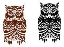 与装饰装饰品的部族猫头鹰 库存图片
