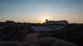 与观察塔台的美好的日落时间间隔在前景 影视素材