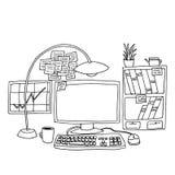 与计算机的办公室桌 免版税库存图片