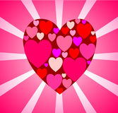 与许多的大红色心脏的精美桃红色卡片小在cen中 免版税库存图片