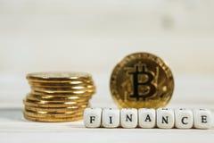 与词财务的概念性cryptocurrency bitcoin 免版税库存图片