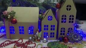 与诗歌选和球的圣诞节装饰 影视素材