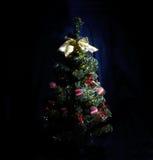 与诗歌选的圣诞树 免版税图库摄影