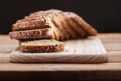 与谷物的黑麦面包 图库摄影