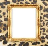 与豹子纹理的空白的金黄框架 免版税库存照片