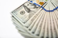 与货币美国人的背景一百元钞票 免版税图库摄影