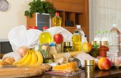 与超级市场粮食的静物画  免版税库存图片
