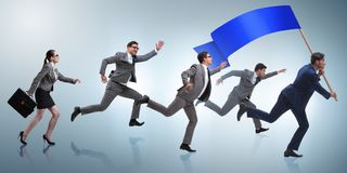 与跑在企业概念的空白的横幅的商人 图库摄影