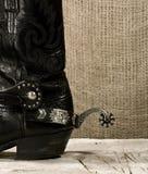 与踢马刺的西部牛仔靴 免版税库存图片