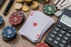 与辅助部件的赌博娱乐场概念 免版税库存图片