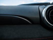 与透气的汽车仪表板 图库摄影