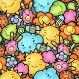 与逗人喜爱的乱画的无缝的kawaii儿童样式 快乐的漫画人物太阳,云彩,花的春天汇集 库存照片