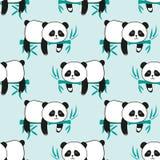 与逗人喜爱的睡觉熊猫和竹子的无缝的样式 皇族释放例证