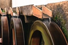 与速度迷离的Watermill 图库摄影