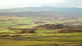 与遥远的村庄的伊朗风景 股票视频