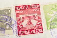 与邮戳的古色古香的古巴人邮票 葡萄酒历史的集邮 免版税库存图片