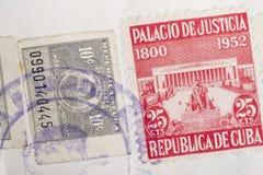 与邮戳的古色古香的古巴人邮票 葡萄酒历史的集邮 库存照片