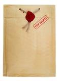 与邮票和蜡封印的最高机密的邮件 免版税库存照片