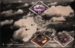 与邮票的葡萄酒立陶宛明信片 库存照片