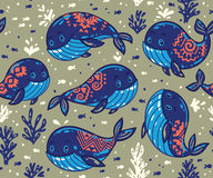 与部族装饰品的无缝的鲸鱼样式 免版税库存照片