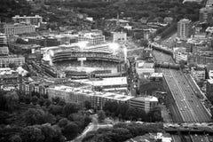 与都市风景和大厦的波士顿鸟瞰图 免版税图库摄影