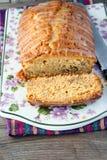 与釉的槭树蛋糕 库存照片