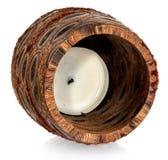 与里面一个白色蜡烛的木装饰古铜色烛台 库存照片