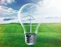 与里面风轮机的电灯泡 免版税库存图片