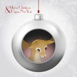 与里面鹿和不可思议的闪烁的圣诞节球 免版税库存图片