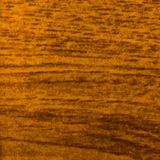 与重点的抽象木纹理在木头的谷物 柚木树木头 免版税库存照片