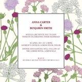 与野花和草本的花卉框架 婚礼邀请模板 免版税库存图片