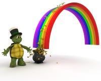 与金壶的乌龟在彩虹尽头 免版税库存图片